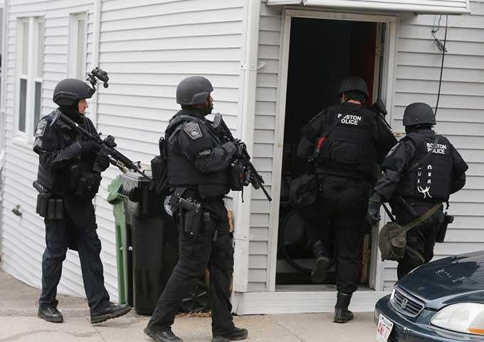 الشرطة الأمريكية توقف طالبة كانت تعد لتنفيذ هجوم مسلح