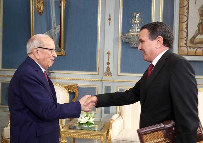 رئيس الجمهورية يتناول مع وزير الدفاع الوطني الوضع الأمني العام