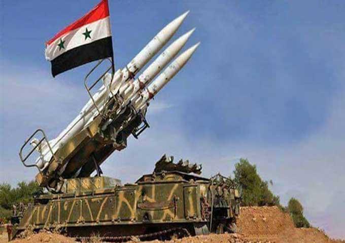 الدفاع الجوي يتصدى لهجوم صاروخي في حمص