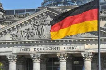 إنتاج ألمانيا وصادراتها يتراجعان بفعل السياسات التجارية الأمريكية