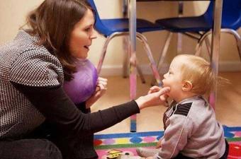 تنظيم يوم تحسيسي بنابل حول اضطرابات طيف التوحد لدى الطفل