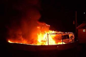 ضربات جوية إسرائيلية تدمر قاربا راسيا في غزة