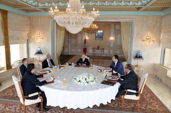 اجتماع رئيس الجمهورية برئيسي البرلمان والحكومة ورئيسي المنظمة الشغيلة ومنظمة الأعراف