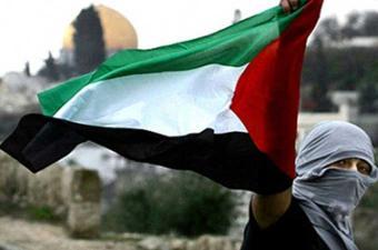 عائلة فلسطينية تقتل فردا منها يشتبه في تجسسه لحساب إسرائيل