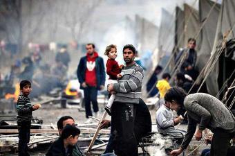 وزير لبناني يحذر من تدهور أوضاع اللاجئين السوريين