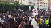 أعداد هامة من أهالي سيدي بوزيد في ساحة البوعزيزي لإحياء ذكرى ثورة 17 ديسمبر