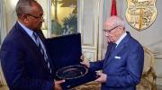 """رئيس الكنفدرالية الإفريقية لكرة القدم يعبر عن إعتزاز """"الكاف""""بانخراط تونس في النهوض بكرة القدم الإفريقية"""