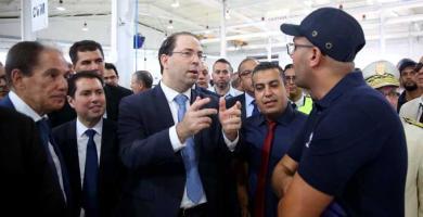 رئيس الحكومة يفتتح أول وحدة في شمال إفريقيا لتركيب السيارات رباعية الدفع