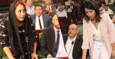 نسرين العماري و مروة بوعزي تؤديان اليمين القانونية لسد شغور مقعدين بمجلس نواب الشعب