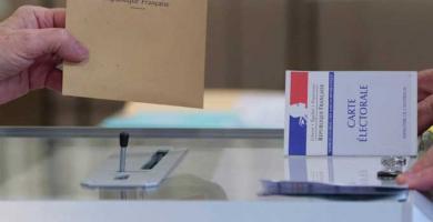 فرنسا: وزارة الداخلية تعلن تأهل ماكرون ولوبان للجولة الثانية للانتخابات الرئاسية